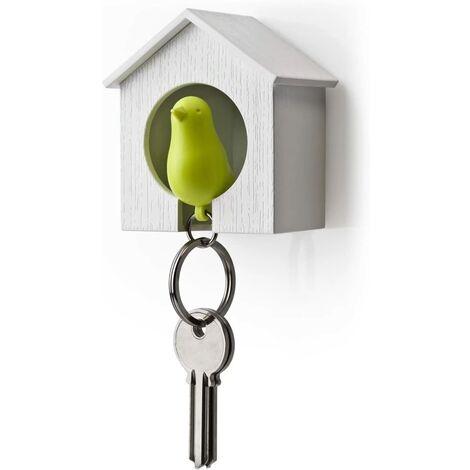 Llavero con casa de madera y gorrión + llavero + pito (Casa blanca + pájaro verde)
