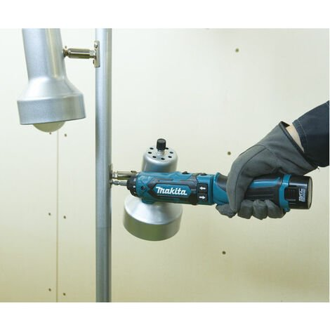 Makita DF012DSE Tournevis à batteries 7,2V Li-Ion (2x batteries 1,5Ah) dans coffret