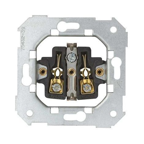 Mecanismo Simon 82 Base de Enchufe con 2P+TT