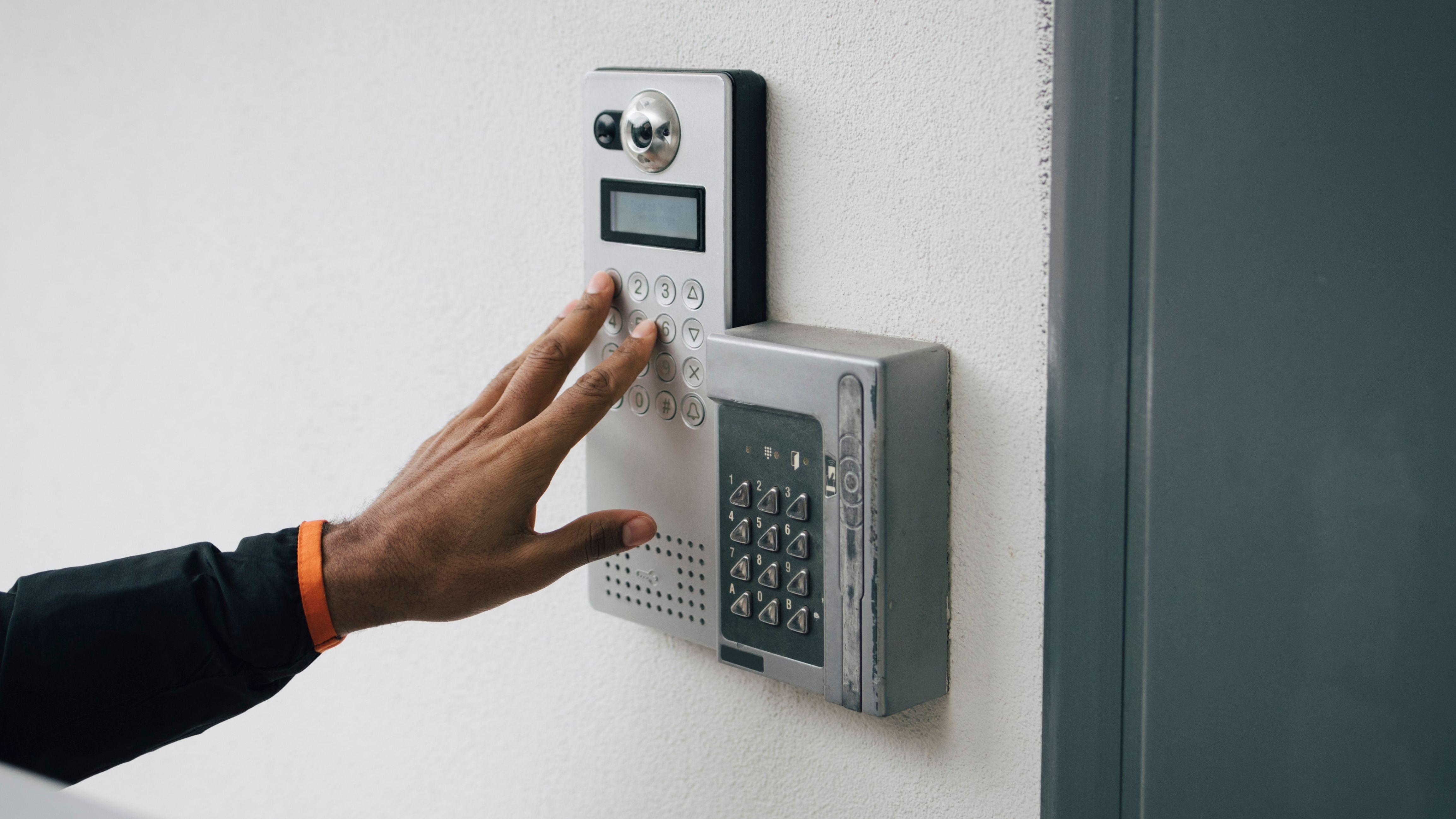 Comment choisir son interphone et sa sonnette de porte