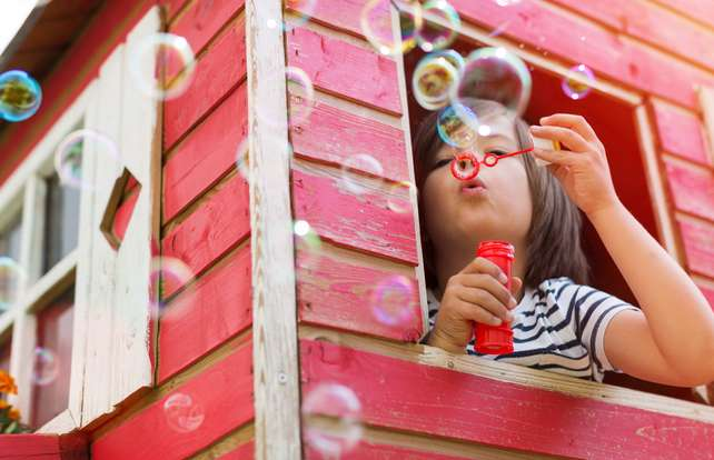Children's playhouse buying guide