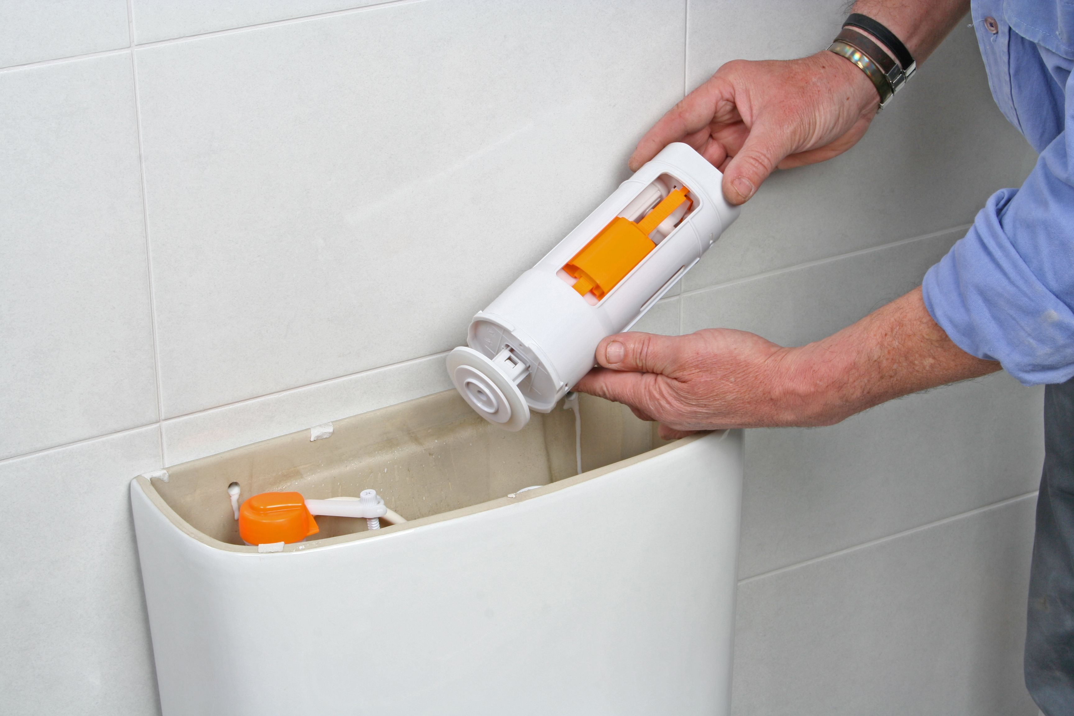Comment remplacer le joint d'une chasse d'eau