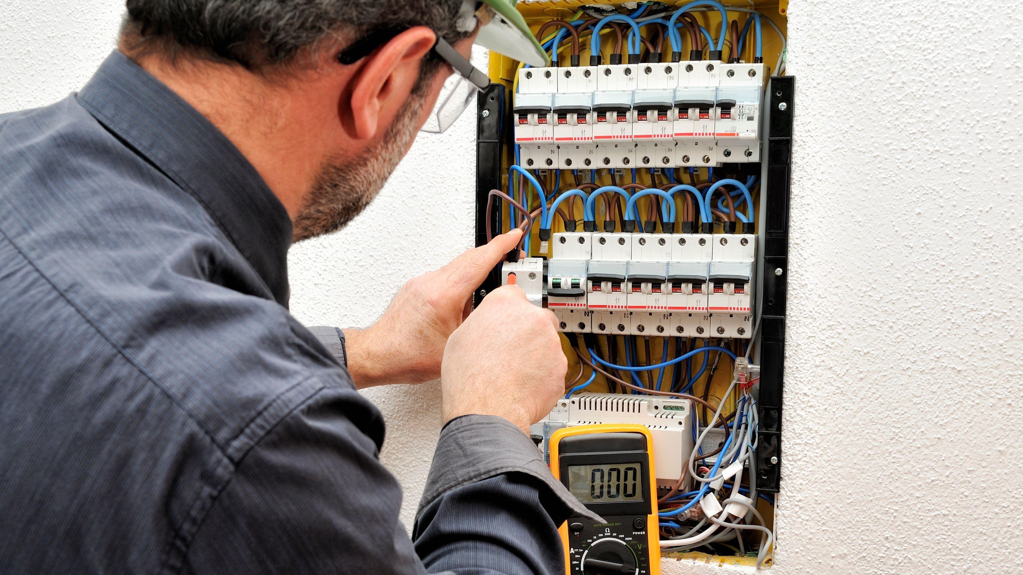 Comment mettre en sécurité un tableau électrique du logement