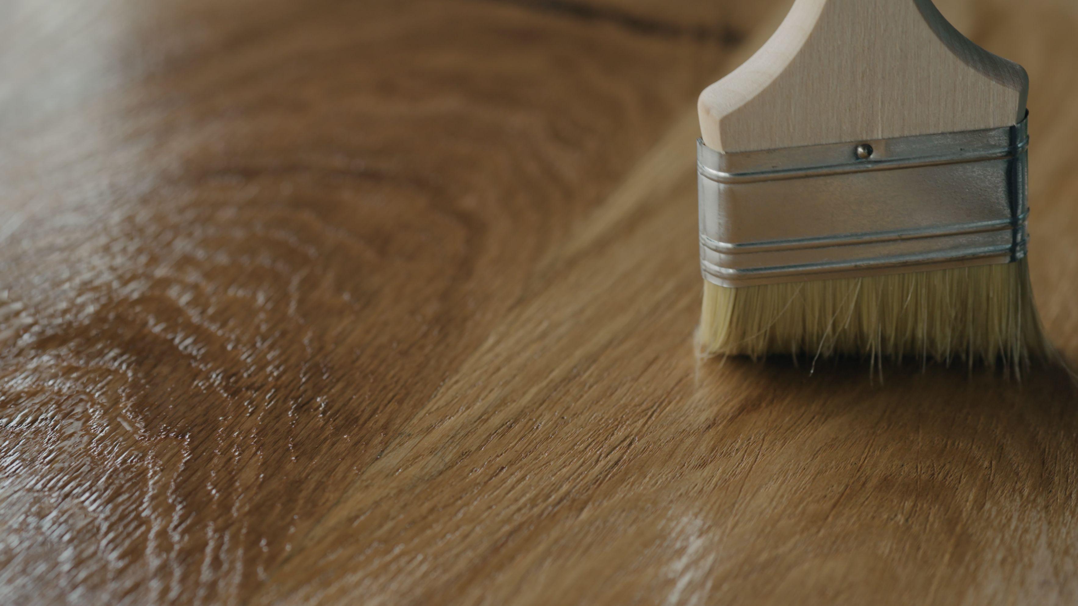 Comment choisir un vernis pour meuble et objet en bois ?