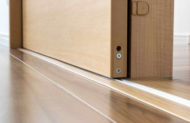 ¿Cómo elegir una puerta corredera?
