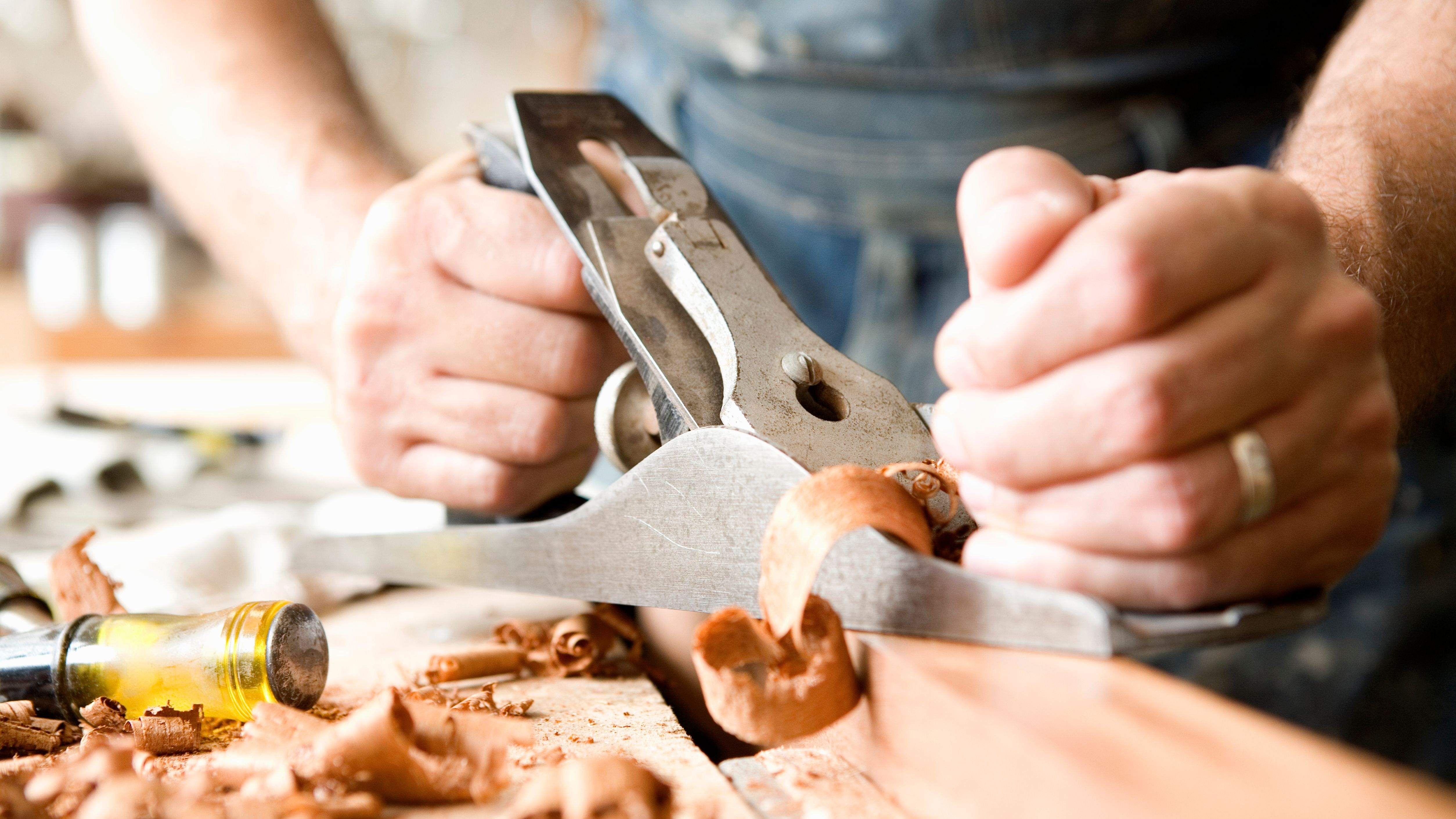 Cómo elegir un cepillo manual para madera