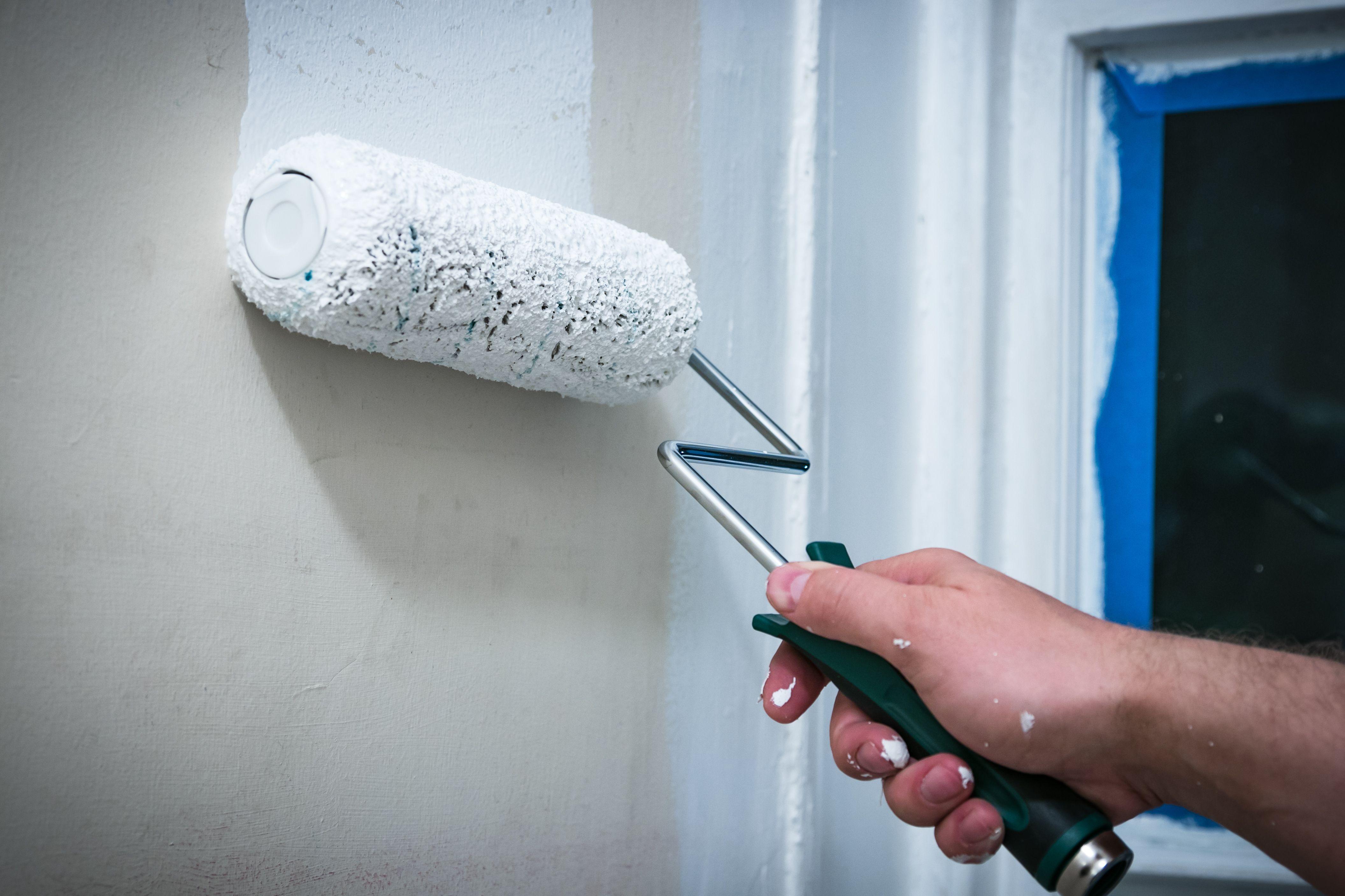Pittura per pareti rovinate