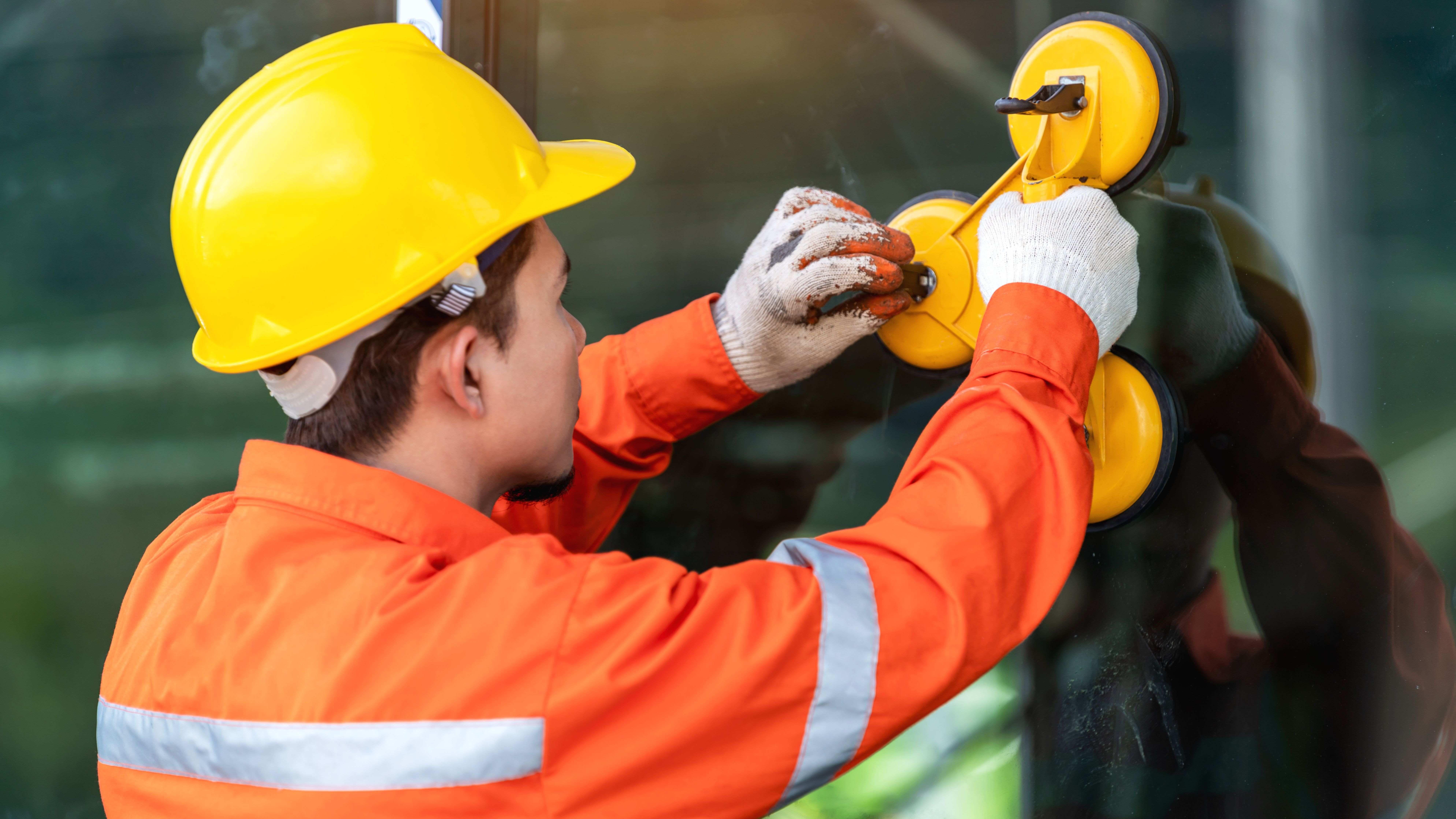 EPI du vitrier :  les équipements de protection individuelle indispensables