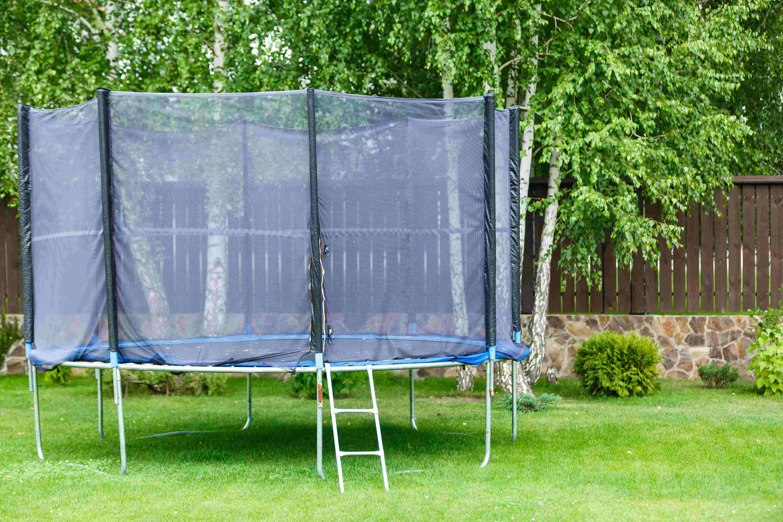 Kit d'ancrage pour trampoline : comment choisir