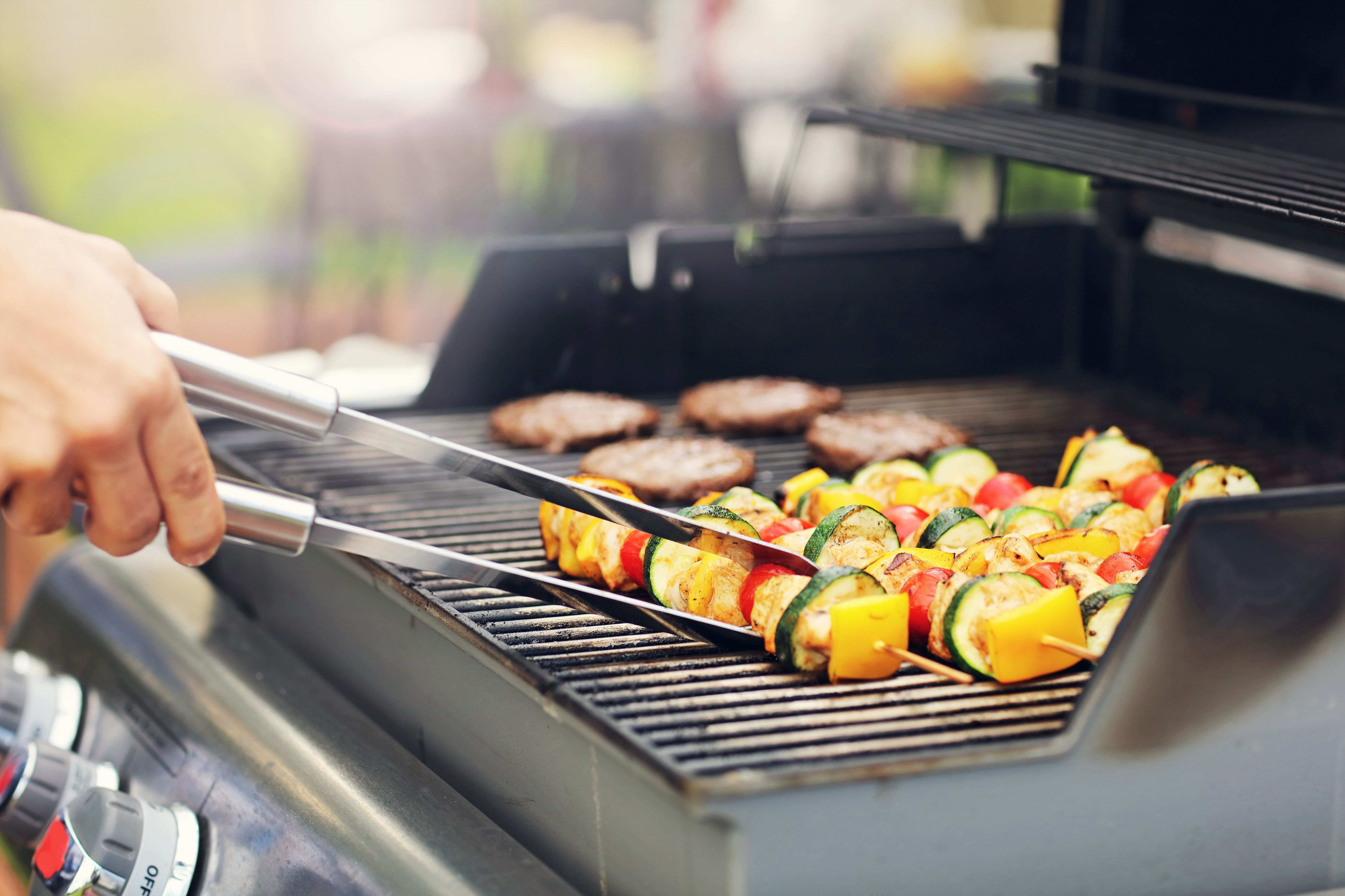 Barbecue or plancha grill: which is right for you?