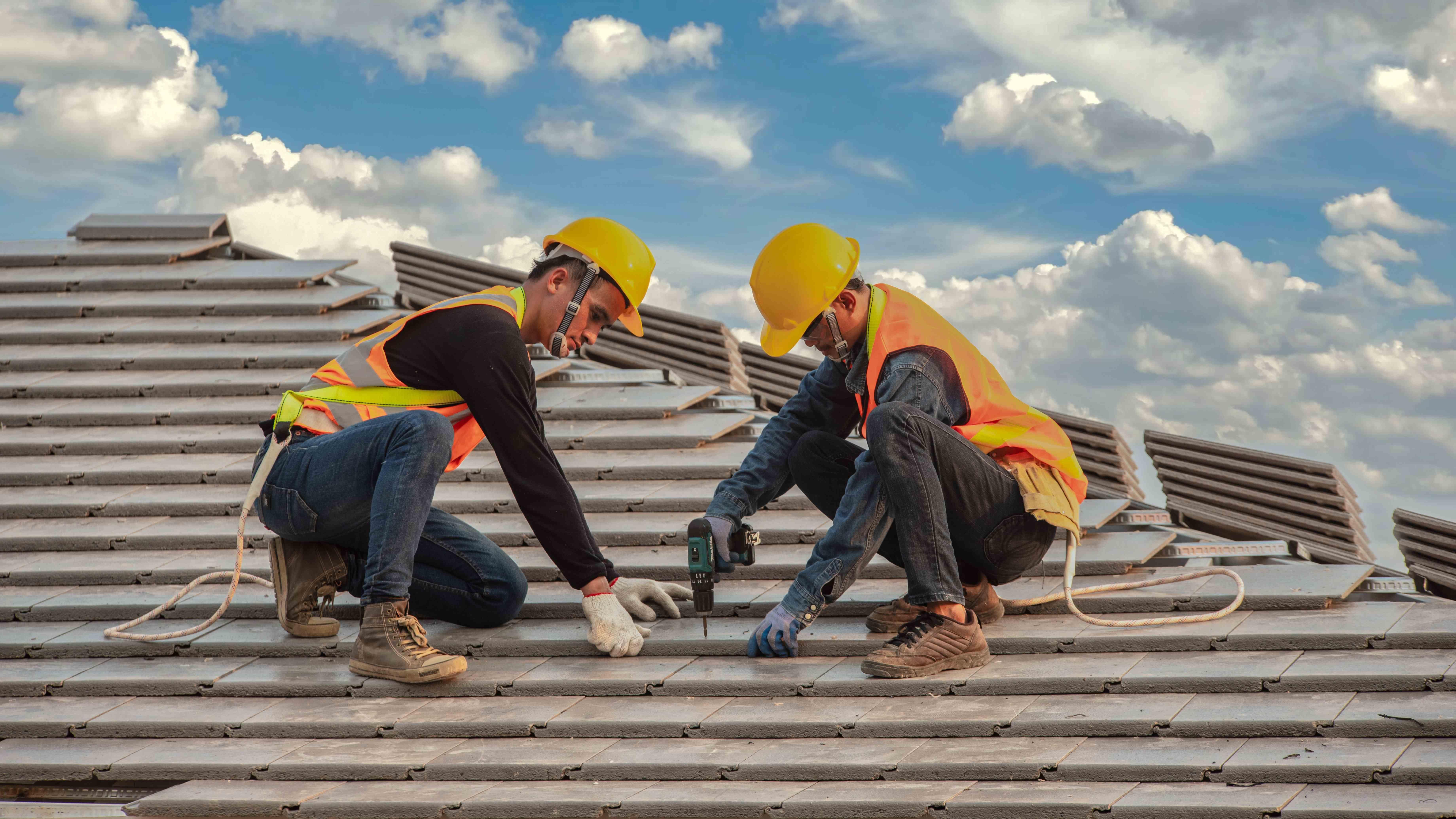 EPI charpentier :  les équipements de protection individuelle indispensables