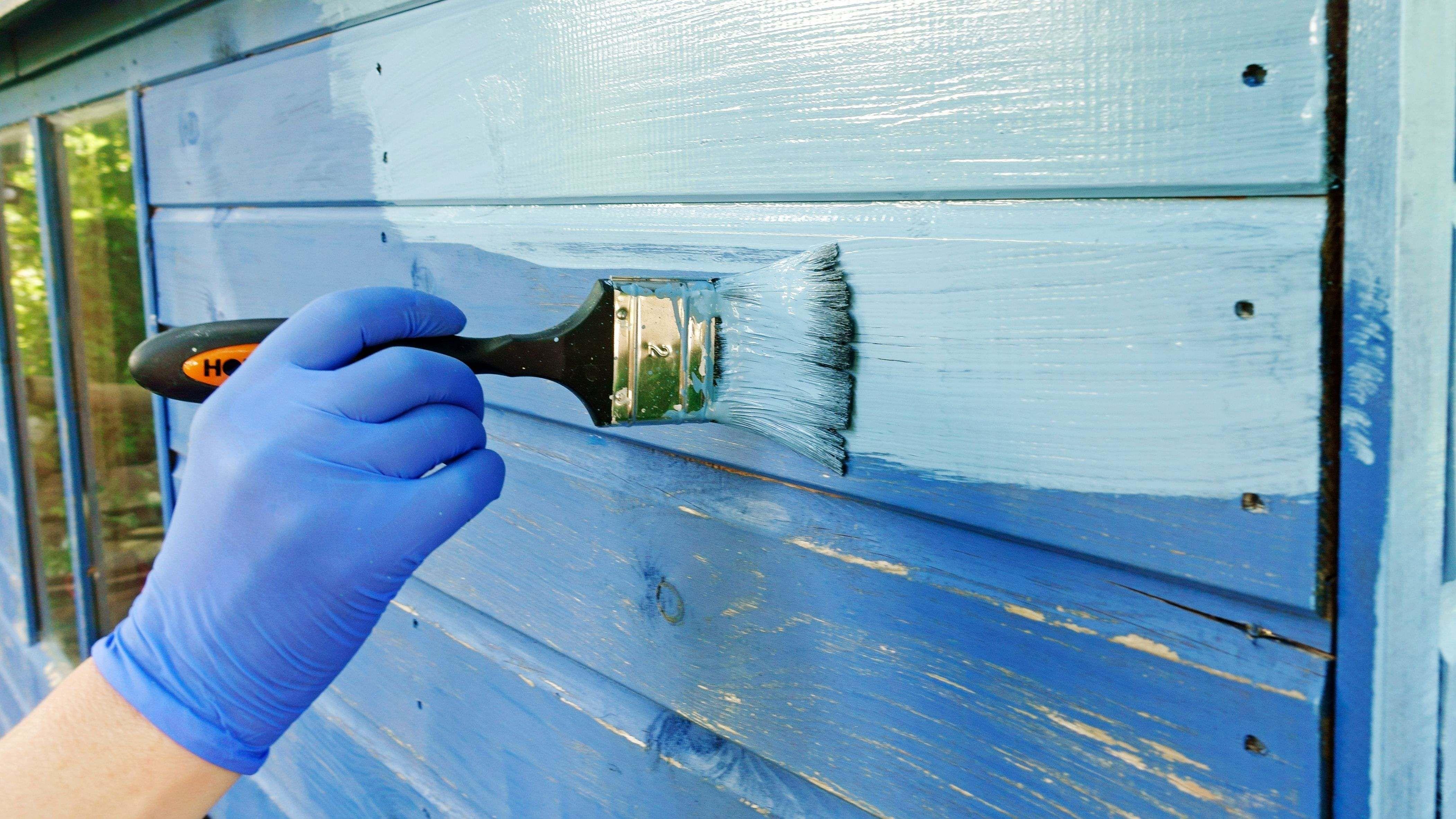 Cómo elegir la pintura o protector para madera exterior