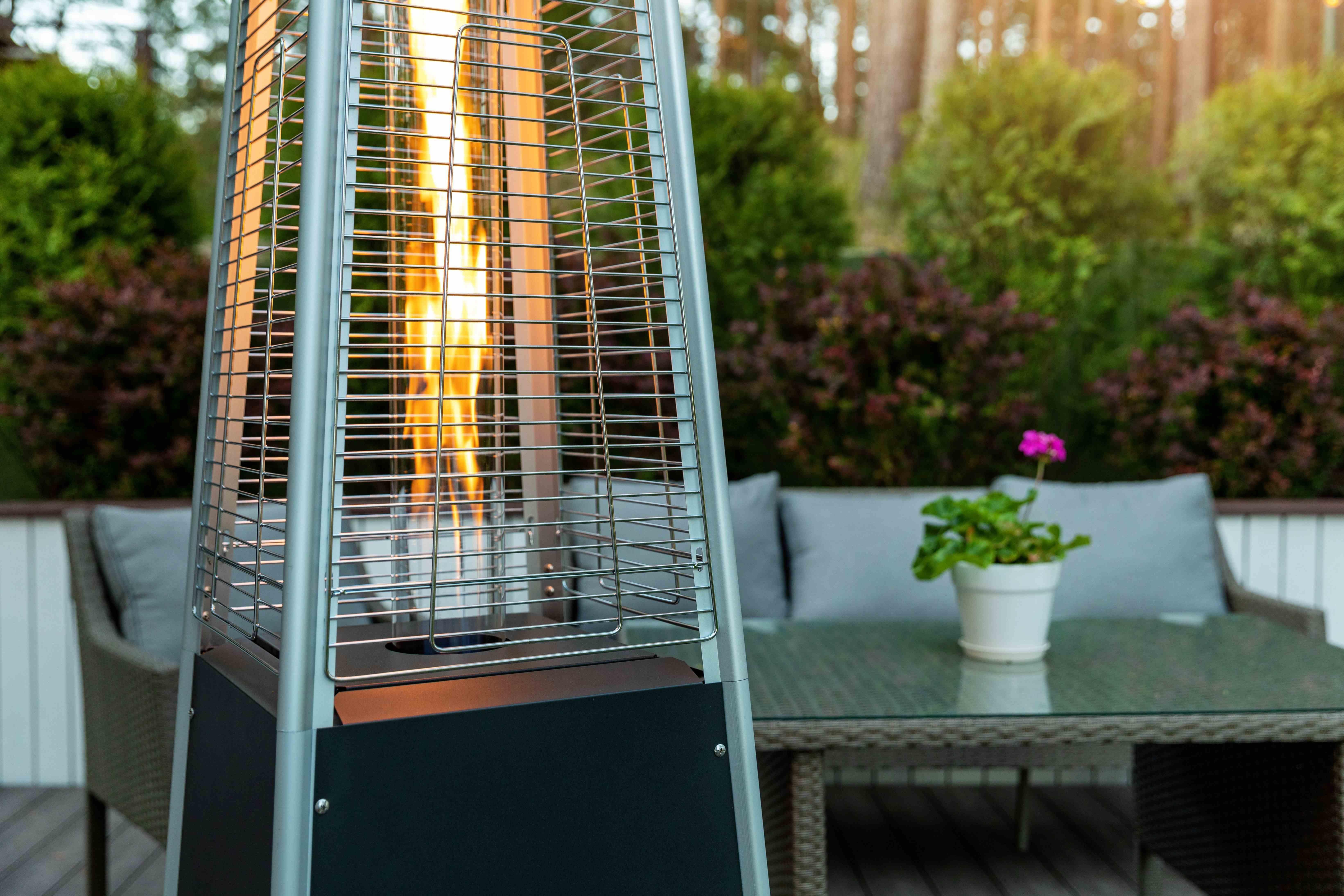Riscaldamento da esterno: i principali riscaldamenti per terrazzo