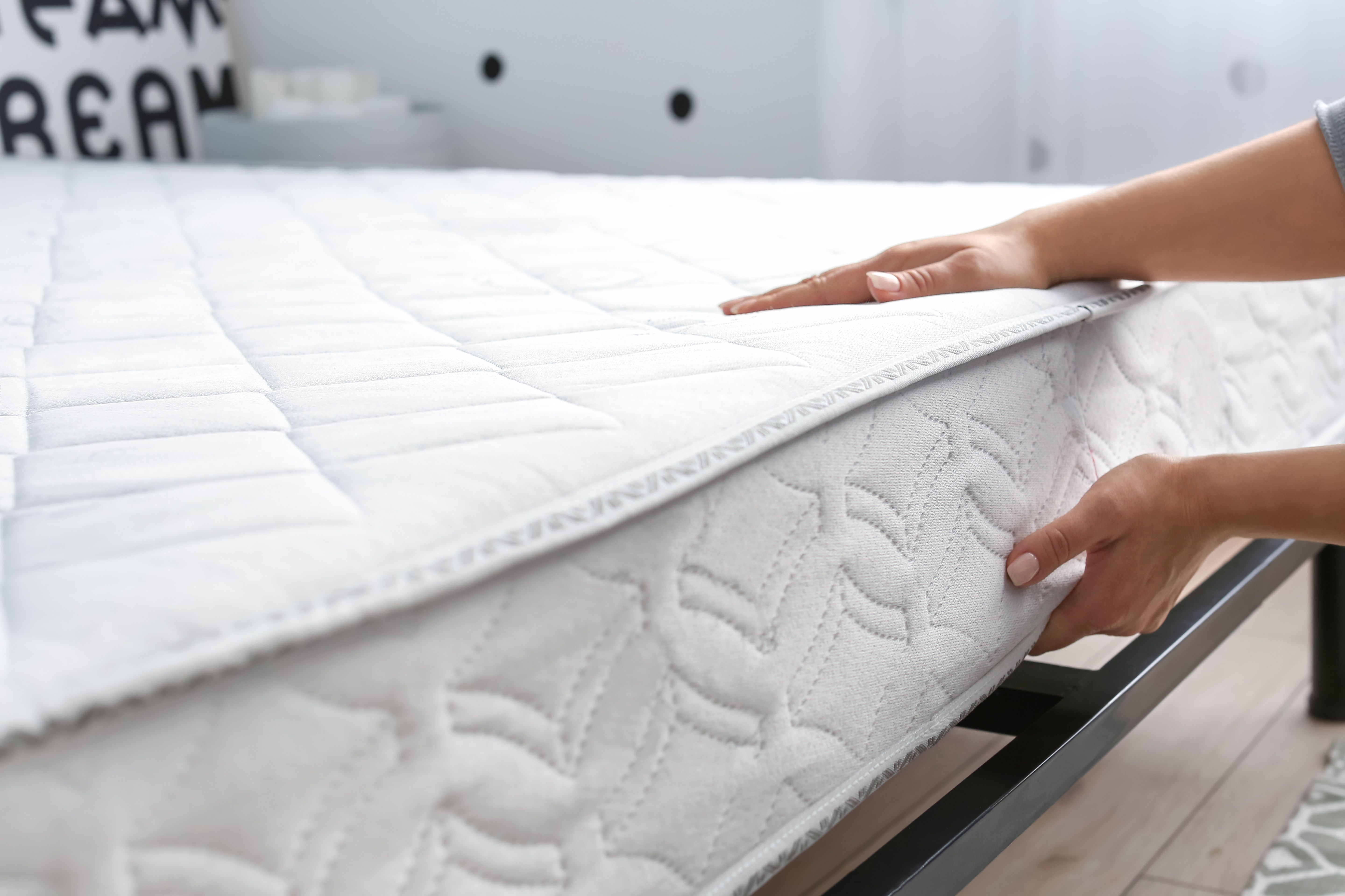 Bed base, mattress and headboard buying guide