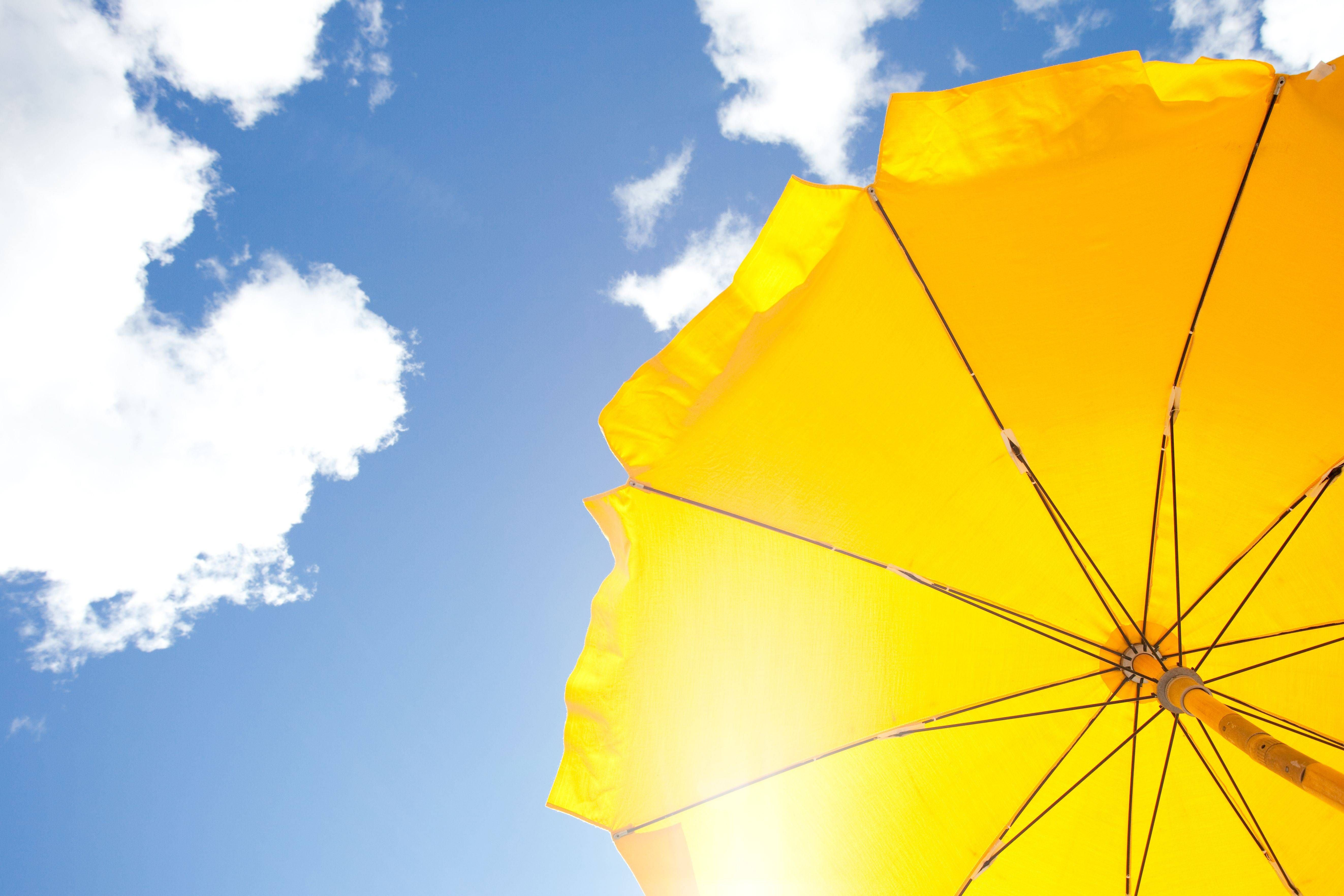 Cómo elegir un parasol y sus accesorios