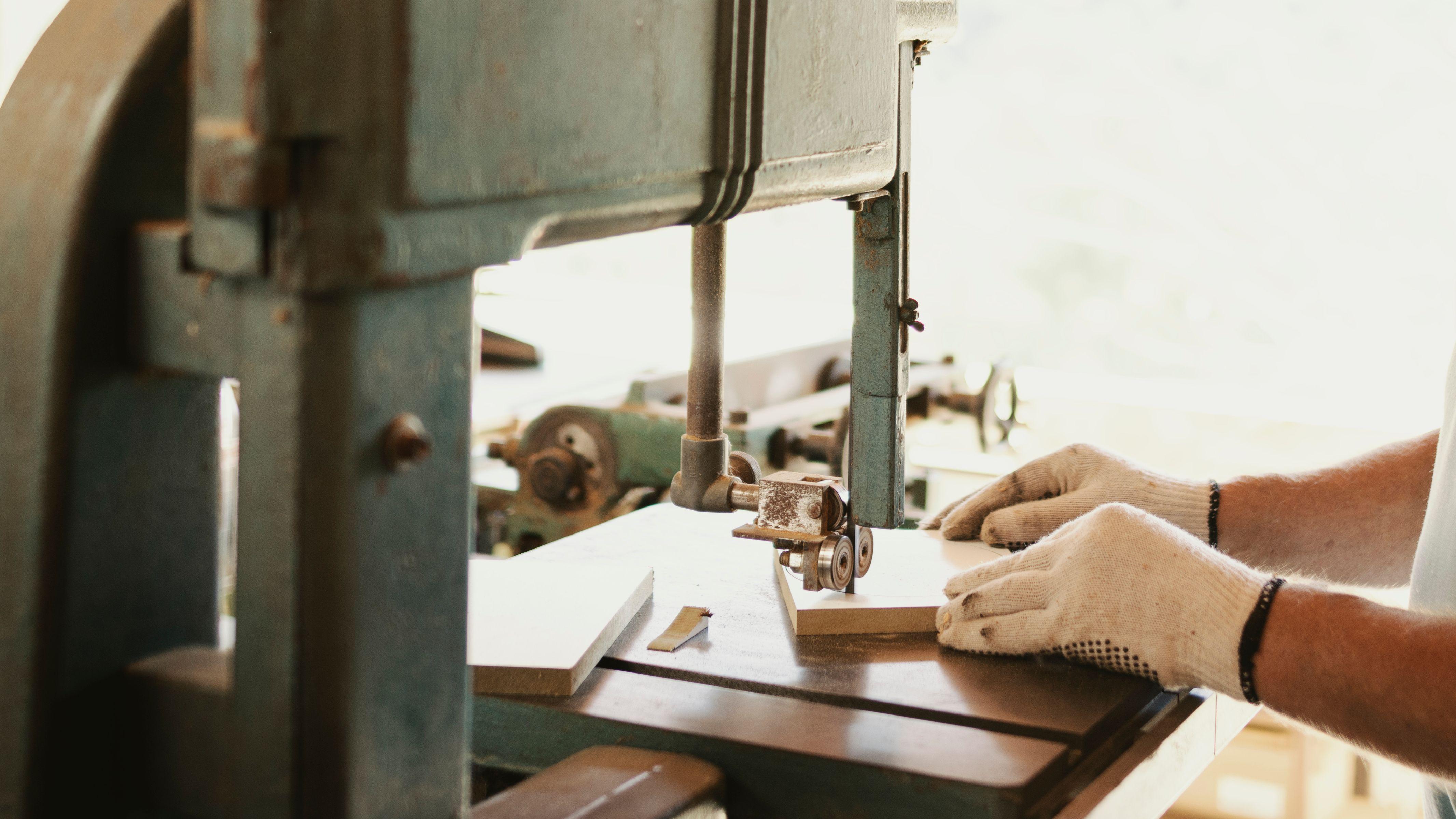 Comment choisir sa scie à ruban