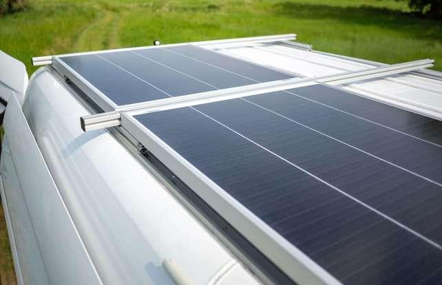 Quel panneau solaire  pour un camping-car, un camion ou un bateau