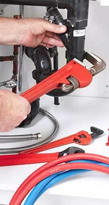 Cómo reparar un fregadero roto