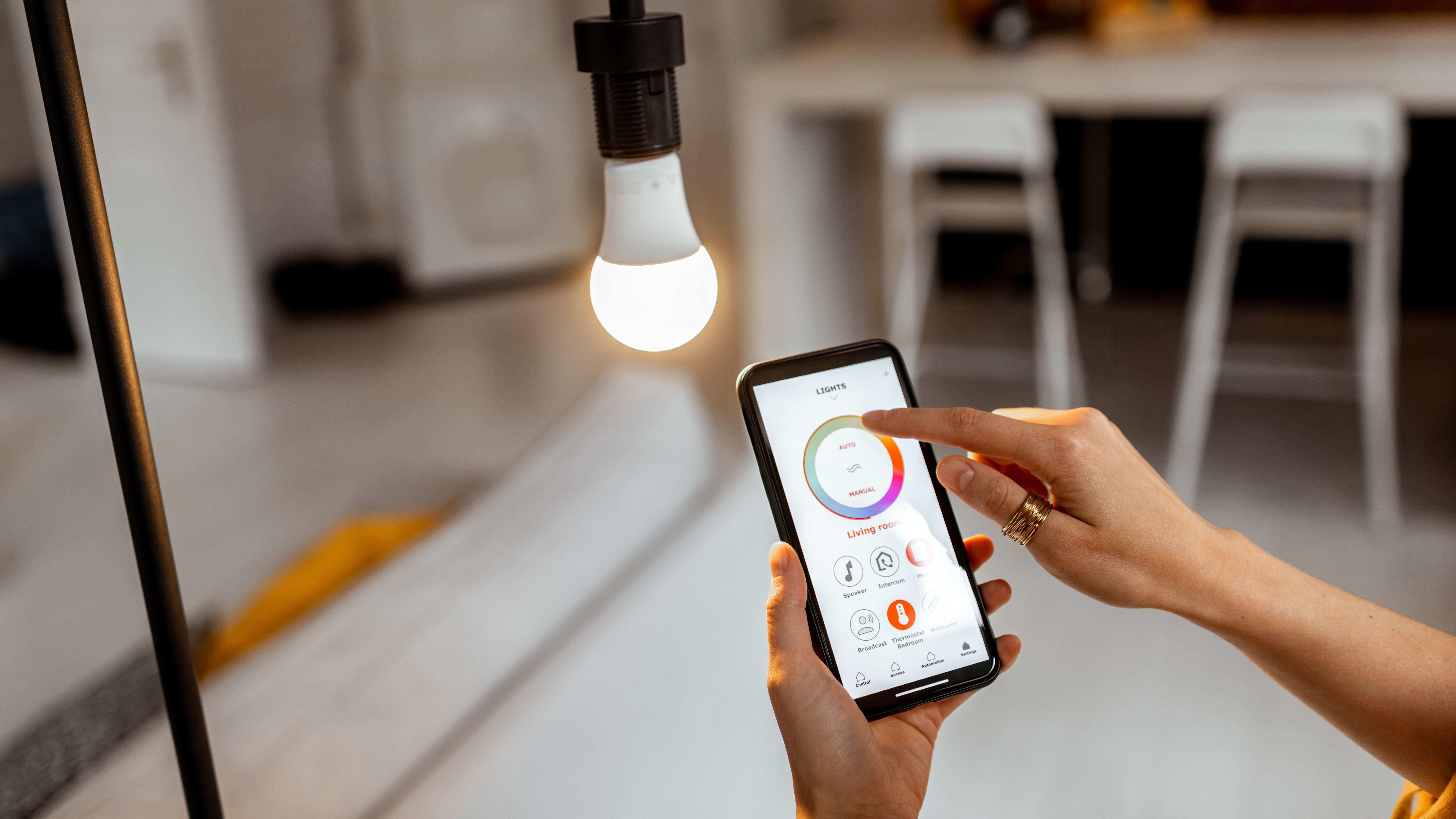 Come scegliere una lampadina smart