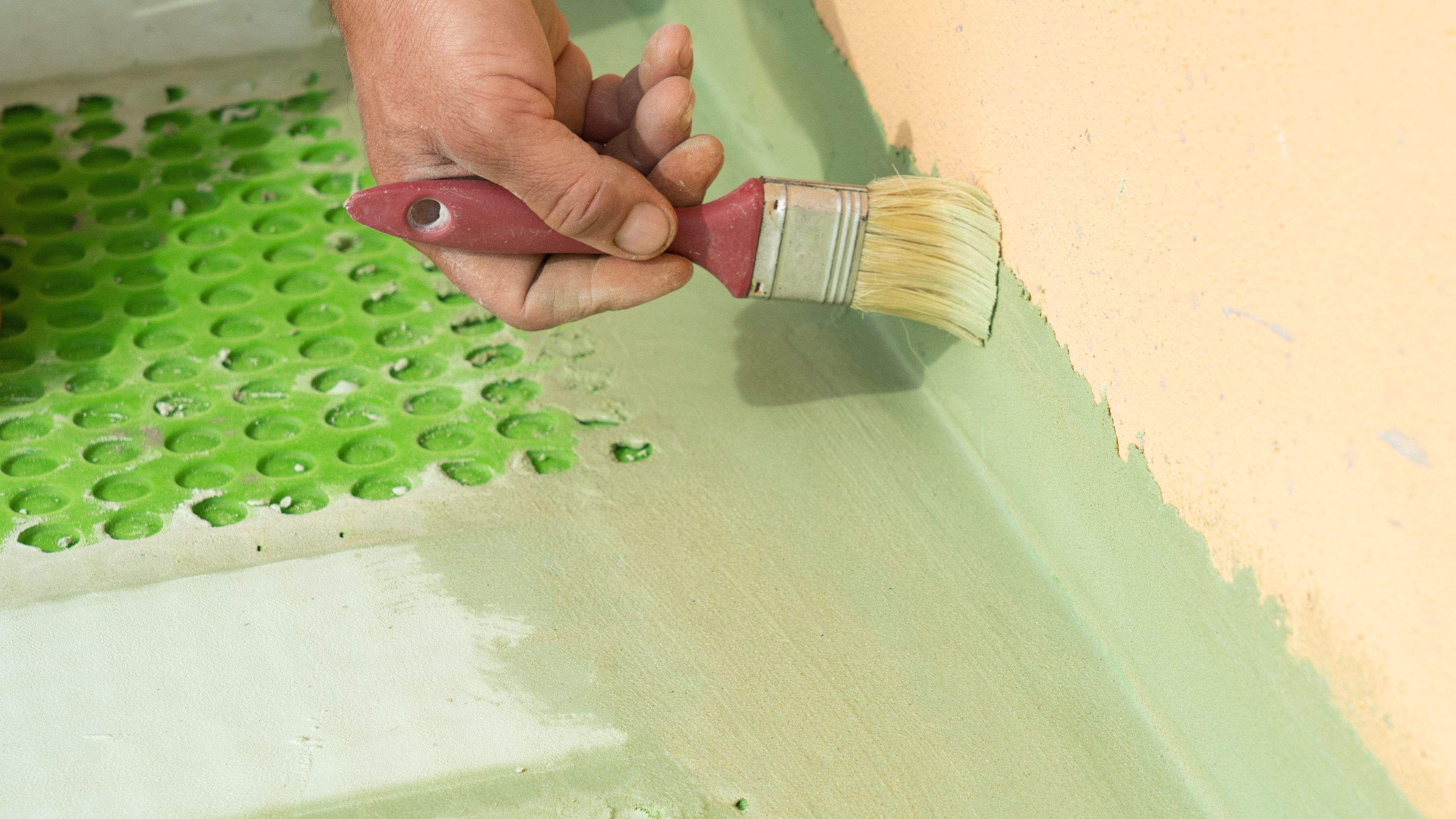 Zoom sur la peinture spécial humidité