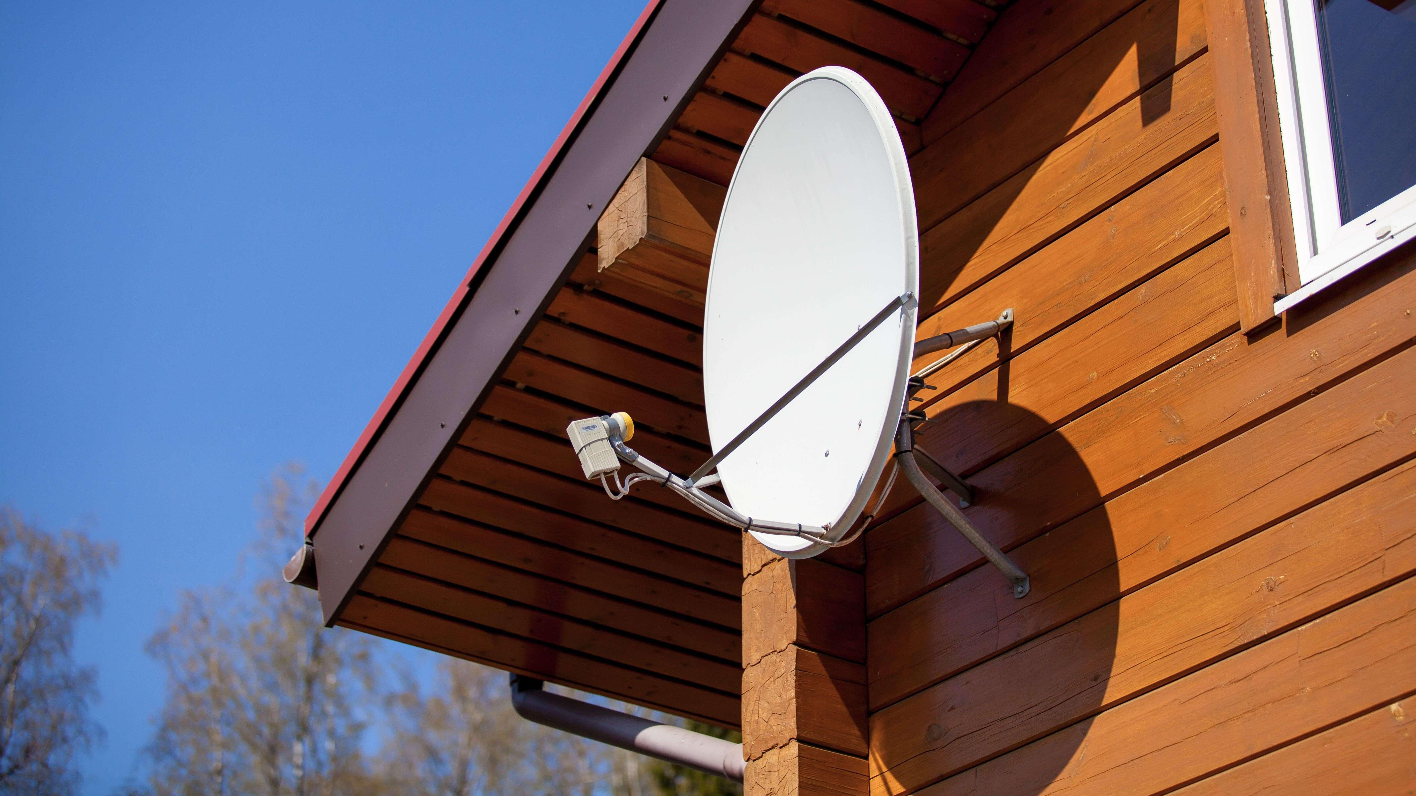 Ricezione della TV satellitare: fare la scelta giusta