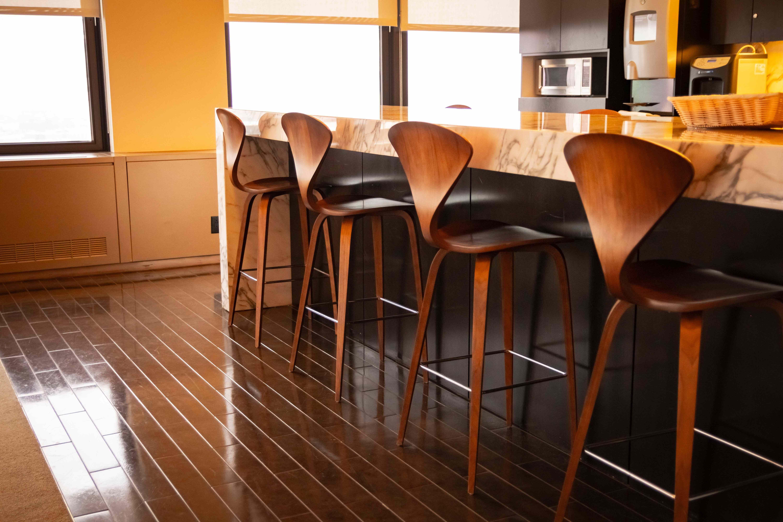 Comment choisir un tabouret de bar ou cuisine