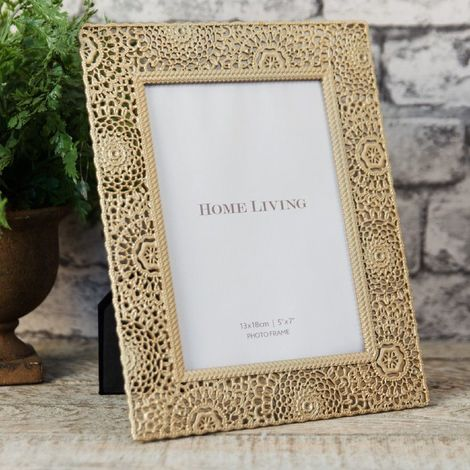 Moroccan Collection Gold Painted Metal Photo Frame 5' x 7'