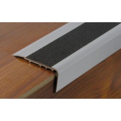 Nez de marche en aluminium anodisé perçé avec bande carbo anthricite 67 x 32 x 3000 mm