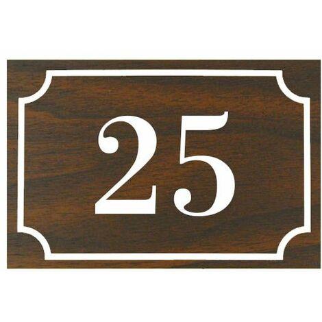 Numéro de maison / rue gravé et personnalisé couleur effet bois foncé chiffres blancs - Signalétique extérieure - Plastique - 1,6 - Plastique