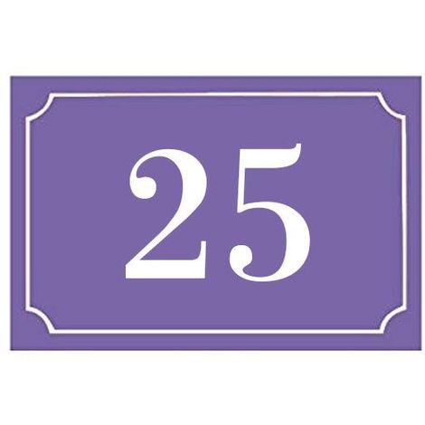 Numéro de maison / rue gravé et personnalisé couleur violet chiffres blancs - Signalétique extérieure - Plastique - 1,6 - Plastique