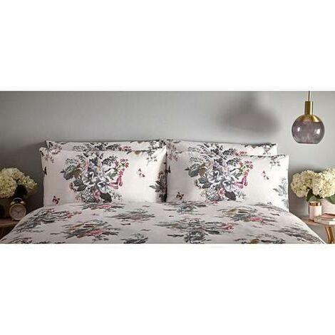 OASIS BOTANICAL BOUQUET Floral Design Ivory HOUSEWIFE Pillow Cases 1 Pair