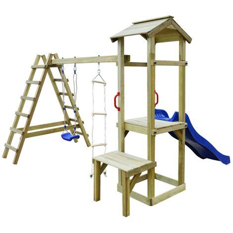 Parque infantil con tobogán, escaleras y columpio de madera