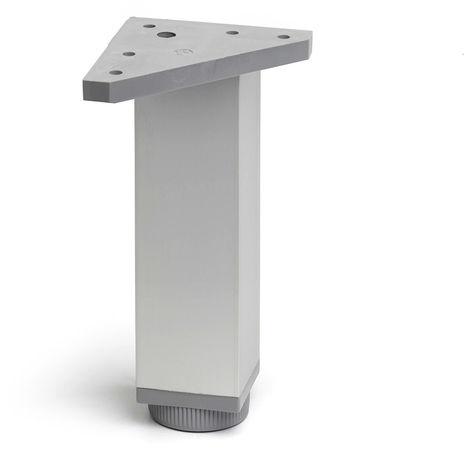 Pata regulable de aluminio cuadrada con una altura de 150 mm y acabada en anodizado mate. dimensiones: 40x40x150 mm - talla