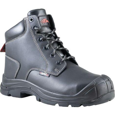 PB58C The Sharp Black Boot S3