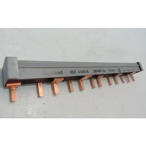 Peigne d'alimentation 12 modules 2P languette 10mm 3 phases pour modulaire bornes à vis HX³ LEGRAND 404940