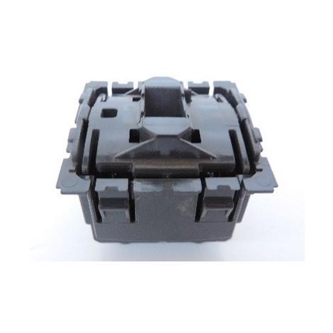 """main image of """"Permutateur 10AX pour ajout un 3eme interrupteur sur installation V&V sans support ni plaque CELIANE Legrand 067006"""""""