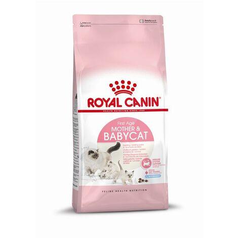 Pienso ROYAL CANIN MOTHER & BABYCAT para gatitos y hembras lactantes