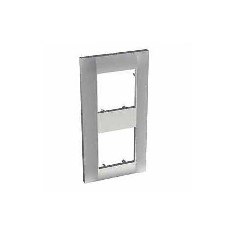 "main image of ""Plaque de finition Classique Altira 2 postes - Verticale Entraxe 71mm - Aluminium"""