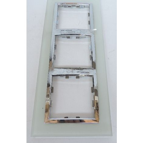 Plaque triple Cristal épuré 3 postes horiz/vertical entraxe 71mm pour appareillage mural KALLYSTA HAGER WK813