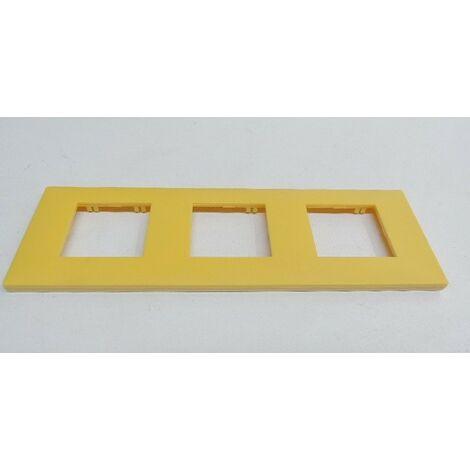 Plaque triple jaune 3 postes entraxe 71mm H/V pour appareillage mural Espace Evolution ARNOULD 64473