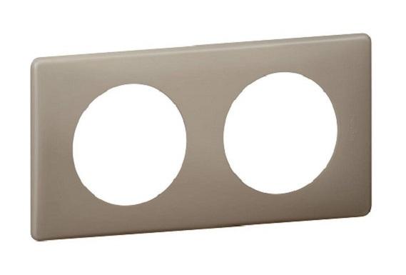 Plaque double entraxe 71mm poudré Céliane grès Legrand 66722