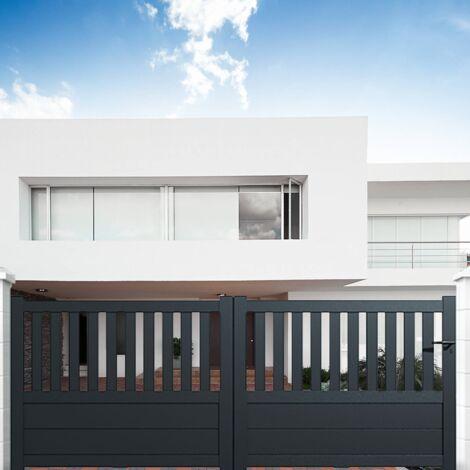 """main image of """"Portail aluminium coulissant semi-ajouré en kit"""""""