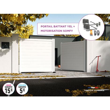 Portail battant YEL Blanc 9016 - L356 cm X H172 cm en aluminium motorisé Somfy AUTOUR DU PORTAIL