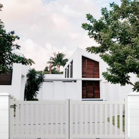 Portail aluminium coulissant ajouré en kit dimension L.3000 (entre piliers) X H.1200 mm couleurs Blanc (RAL 9010)