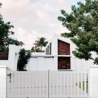 Portail coulissant aluminium en KIT Ajouré Blanc