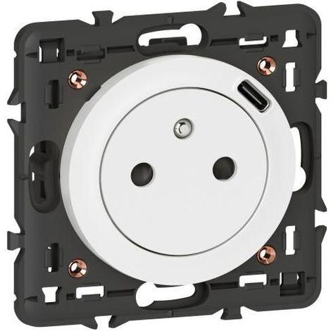 """main image of """"Prise de courant fort + chargeur USB type C blanc Céliane"""""""