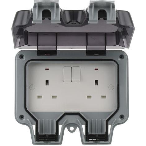 Prise électrique, IP66, Gris série Storm, 13A, Montage en saillie, avec interrupteur 230V ac