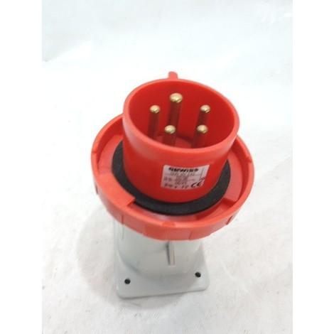 Prise socle 3P+N+T 32A mâle rouge sortie droit 380-415V 50/60HZ 6H câblage vis IP67 GEWISS GW60242