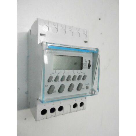 Programmateur hebdomadaire digital 1 voie 230v 7 jours electronique 3 modules HAGER EG170