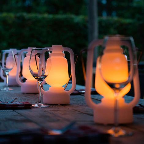 QAZQA Moderno Lámpara de mesa efecto llama blanca 22cm IP44 - STORM MINI Plástico Redonda Incluye LED Max. 1 x 1 Watt